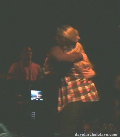 LesleyRoy hug