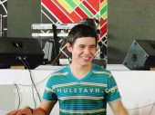 David Archuleta- Soundcheck- Giang Vo, Hanoi- 7-24-2011 (15)