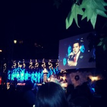Christmas Devotional in Santiago,  Chile- cr. FashionPoliceCh (1)