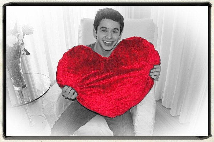 Happy Valentine's Day from David Archuleta